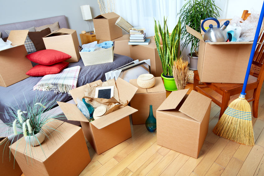 Complete Guide To Packing Your Bedroom When Moving